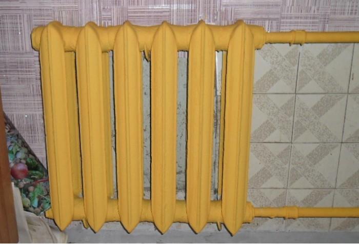 Покрашенный латкесом радиатор