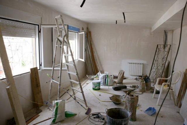 Пять типичных ошибок, которые можно совершить в ходе ремонта квартиры.
